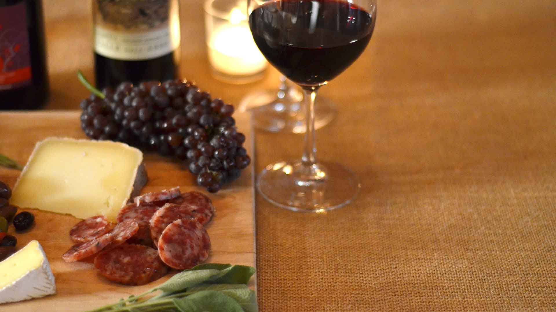 USA: Wine, Cheese & Charcuterie
