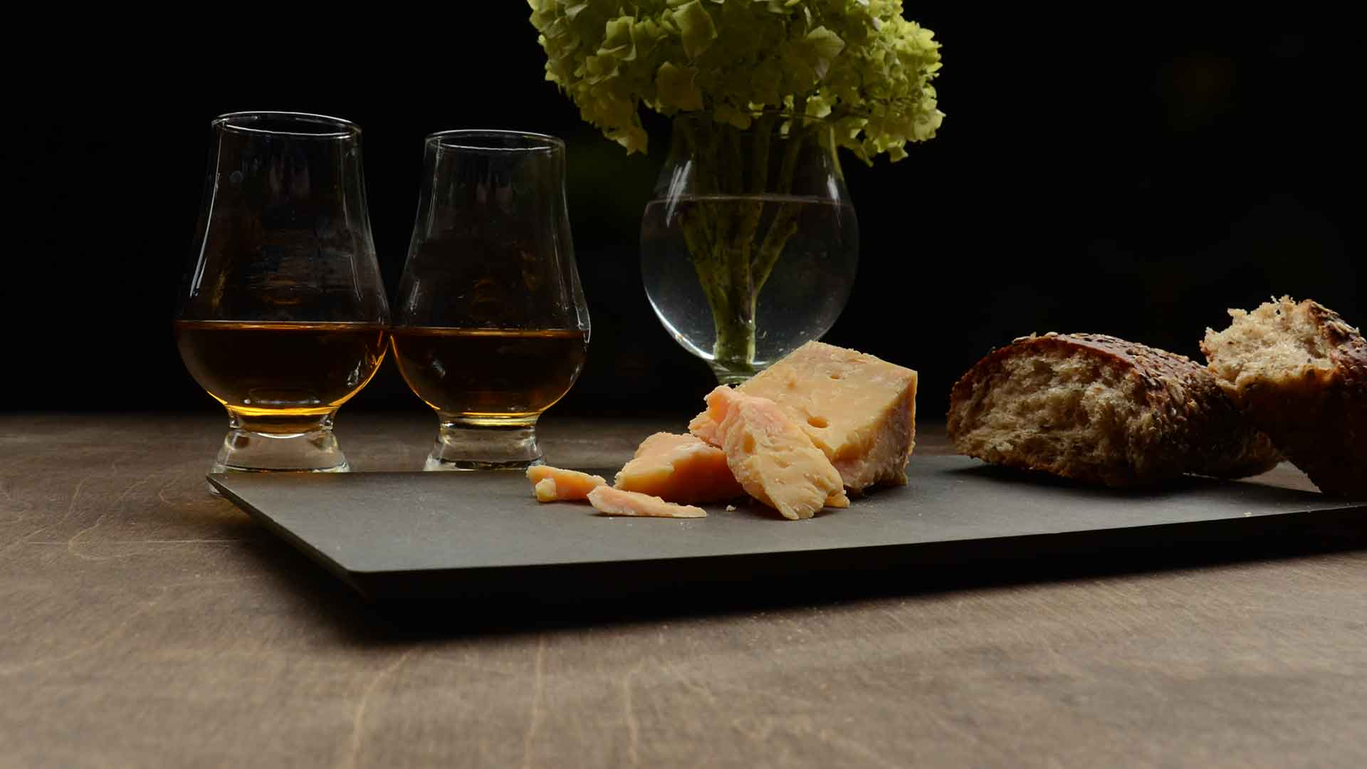 Whisky Smackdown: Scotch vs. Bourbon